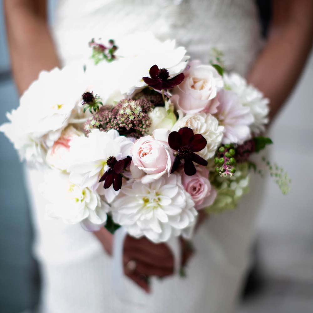 Lake Como wedding, bride bouquet by Como in Style